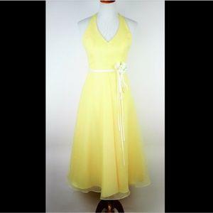 DAVIDS BRIDAL Yellow halter A line formal dress